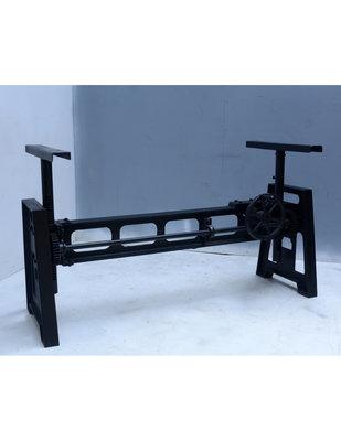 Model Industrial zwart
